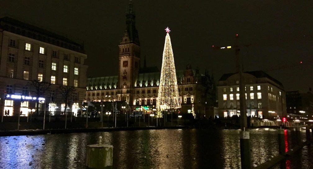 Weihnachten – Licht im Dunkel der Nacht image